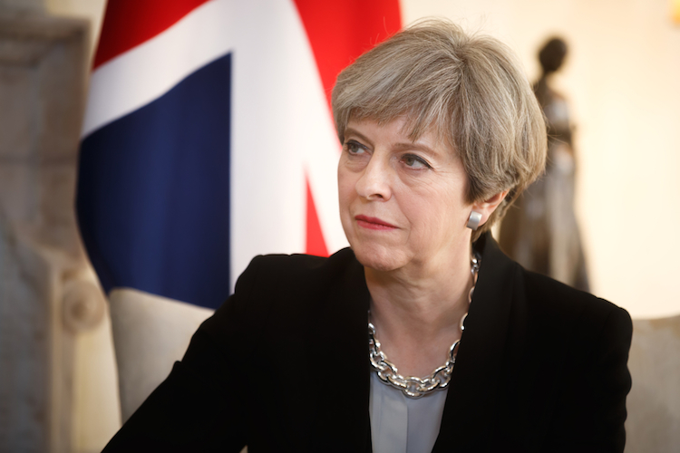 Theresa-May-premierministern-Gro Britanniens-Brexit-shutterstock 624878132-1 in May sagt Abstimmung über Brexit-Deal ab