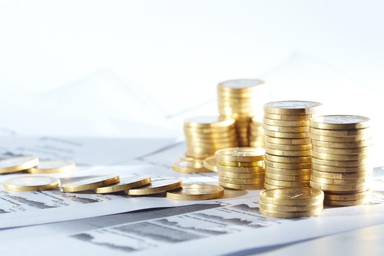 Fonds-geld-muenzen-investment-shutterstock 106690454 in VL-Sparen: Chef und Staat für die Vermögensbildung einspannen