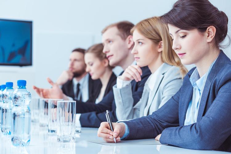 bAV: Müssen Arbeitgeber ungefragt aufklären?