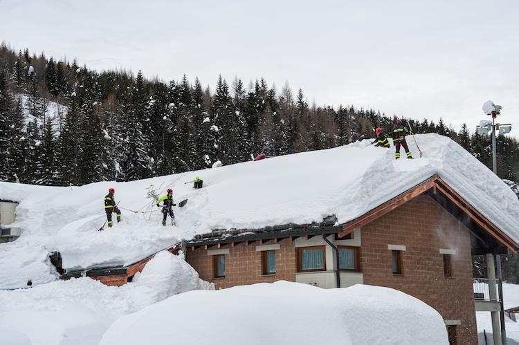 Shutterstock 176878907 in Extremer Schnee und Wind: So hält das Haus stand