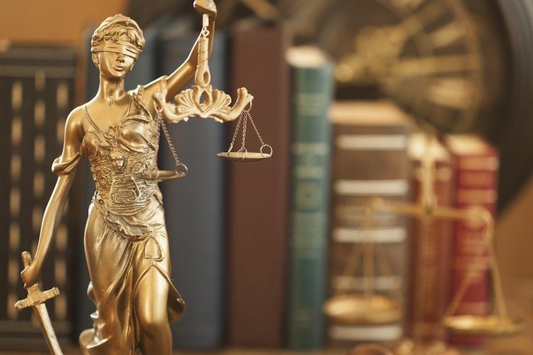 Rechtsstreit mit dem Versicherer: Gefährliche Vakanzphase