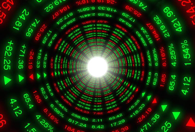 Shutterstock 294669707 in Zinsprognose 2019 ist winziges Flämmchen