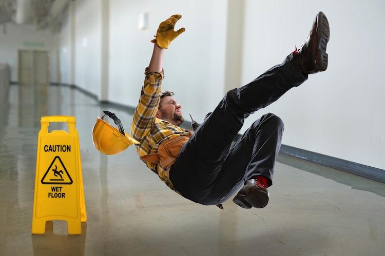 Arbeitsunfall Shutterstock in Unfallversicherungen – der kleine feine Unterschied