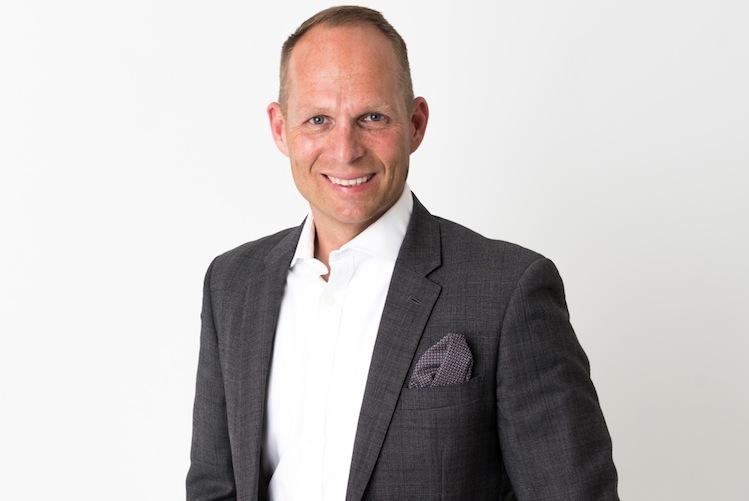 Stephen-Voss in Neodigital knackt  100.000-Kunden-Marke