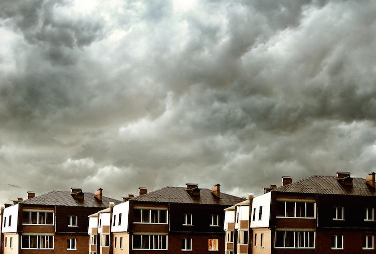 Shutterstock 21027382 in Immobilienfinanzierer haben den Blues
