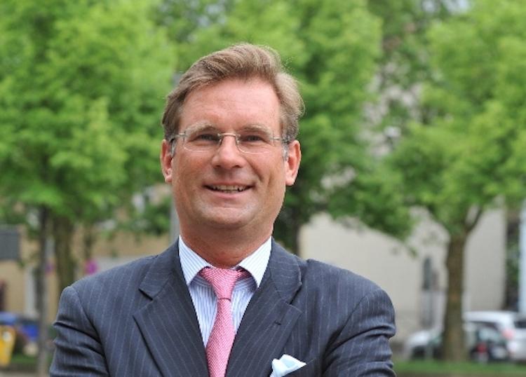 Holger-Schmitz Schmitz-und-Partner-AG in Kommt der Brexit, sollte Deutschland aus dem Euro austreten