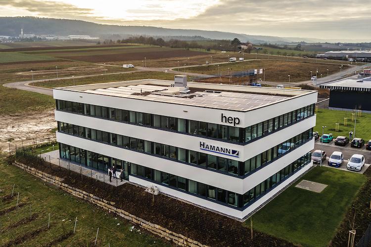 Hep-quarter-drone in HEP-Solarfonds bindet erstes Projekt an