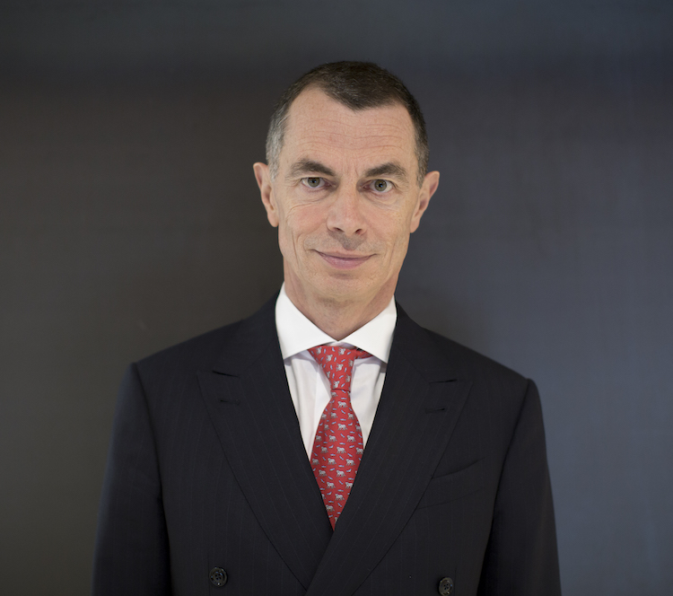 190523 DfvEFG Bankeroftheyear Mustier Jean Pierre UniCredit in European Banker of the Year gewählt