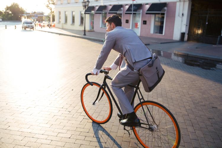 Fahrrad in GUV: Dienstfahrräder nur für Unfälle auf dem Dienstweg versichert