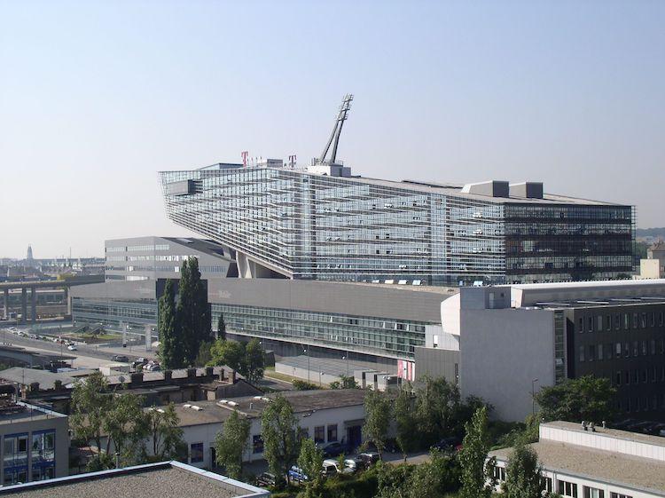 T-Center in Eine der größten Immobilientransaktionen in Österreich: Quadoro verkauft T-Center in Wien