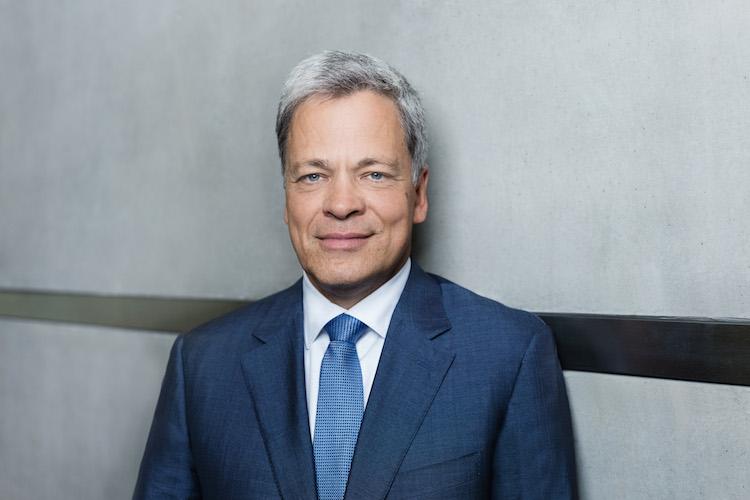 Manfred Knof Presse-Kopie in Deutsche Bank: Knof tritt als Leiter Privatkundengeschäft an