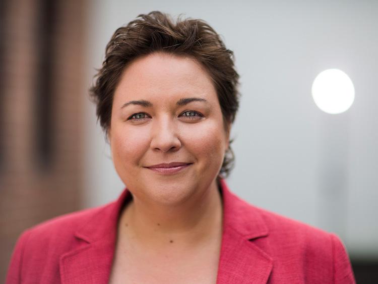 Portrait Tanja Hoellger-1 in Unsere Ergebnisse zeigen, dass die Skill-Angebote auf hohes Interesse stoßen