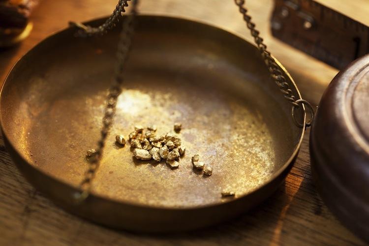 Goldpreis-gold in Gold erreicht Sechsjahreshoch - Tendenz steigend