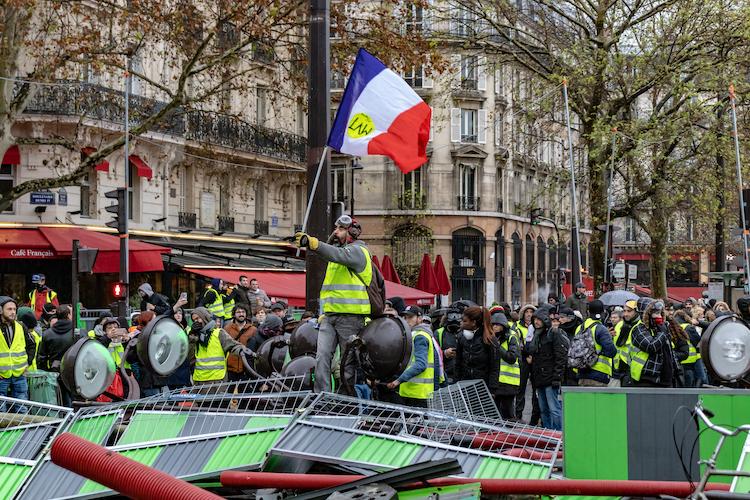 Shutterstock 1246417876 in Frankreichs Reformdynamik bleibt trotz Gelbwestenkrise erhalten