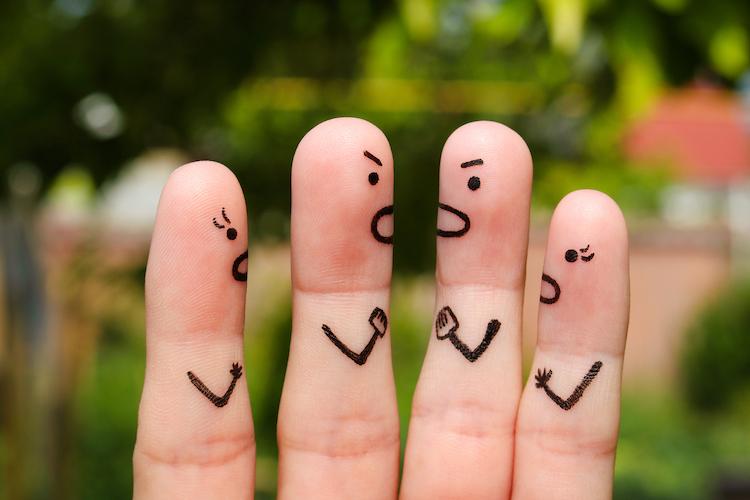 Shutterstock 464053868 in Urlaub: Wenn aus Hilfe unter Nachbarn Streit entsteht
