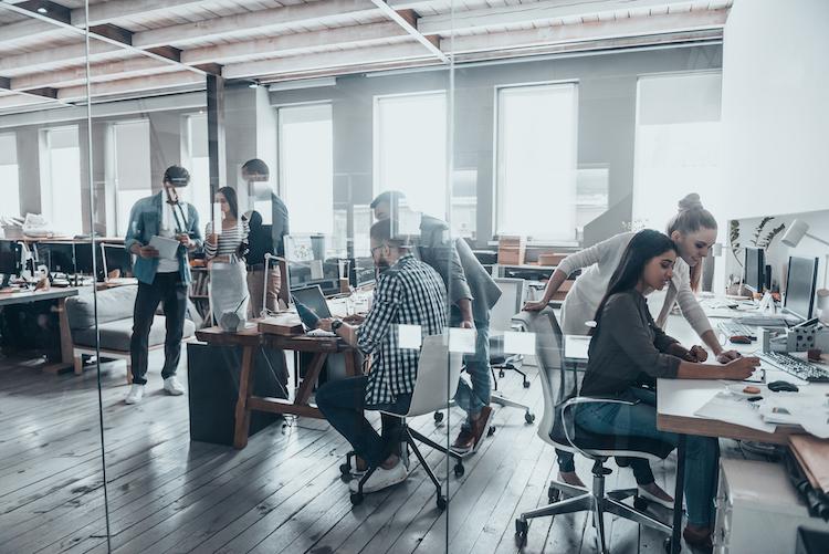 Shutterstock 572805178 in Wegbereiter für eine neue Arbeitskultur