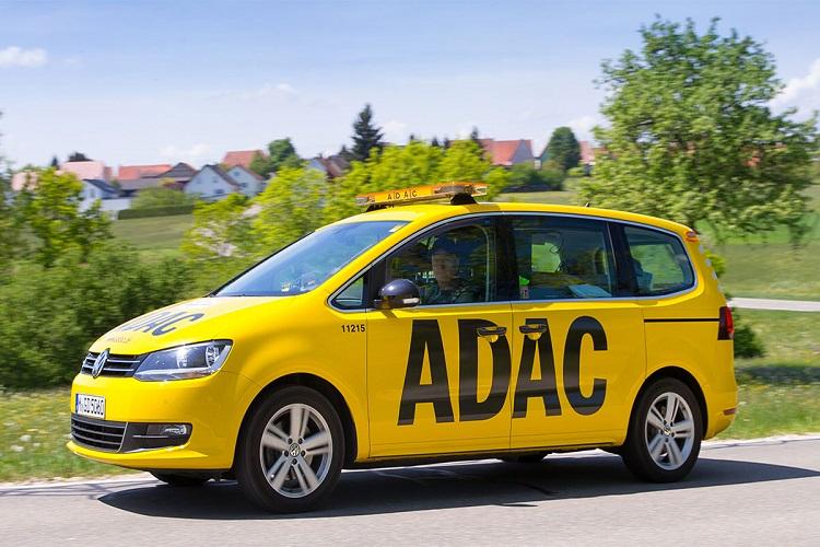 ADAC in ADAC verschärft Wettkampf in der Autoversicherung