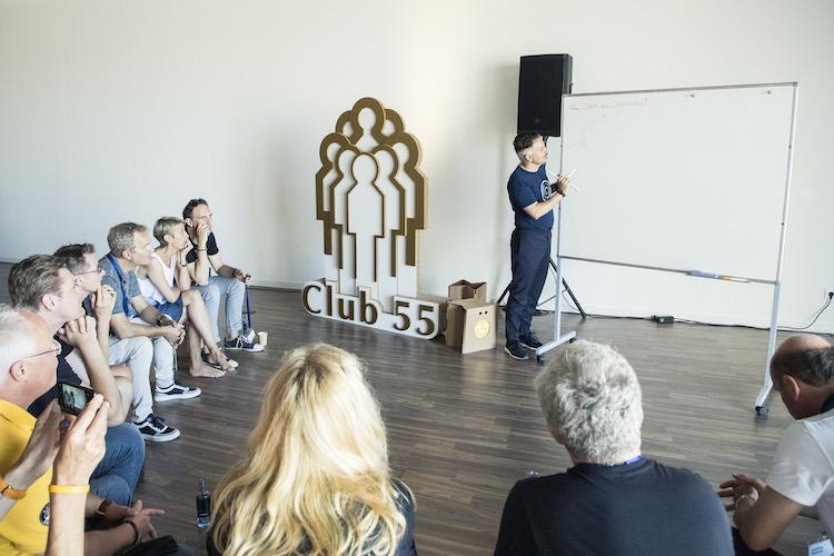 """Club55 Valencia Reza 7 in Digitaler Wandel: """"Reflexion ist eine fantastische menschliche Eigenschaft"""""""