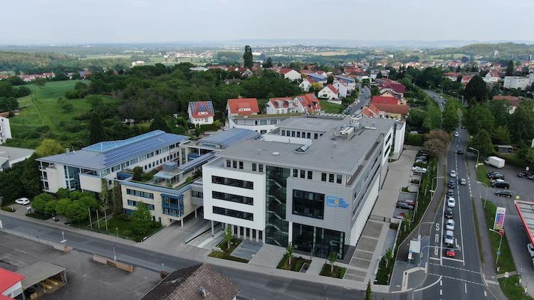 Die-Haftpflichtkasse-von-oben in Beitragsvolumen übersteigt erstmals 200 Millionen Euro
