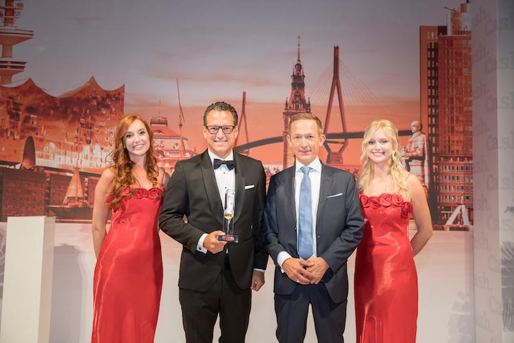 CashGala 2019 0736 FS 0A3A1445 in Dr. Grabmaier als Head of the Year ausgezeichnet