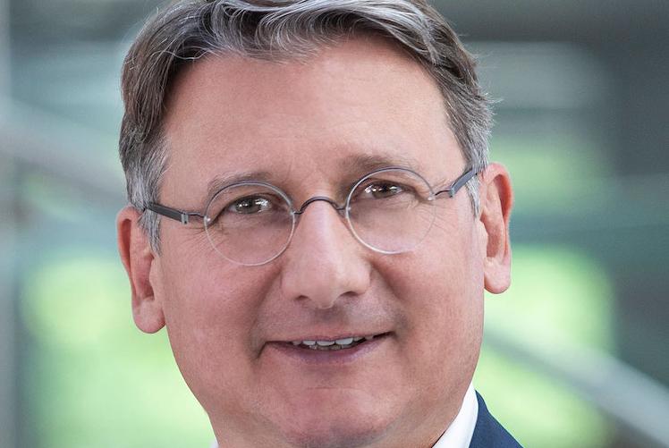 Stefan-Hanekopf in Concordia Versicherungen leiten Vorstandswechsel ein