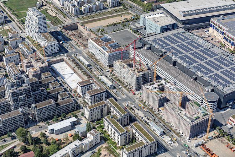 Luftbild-Zebra-Fundament-links-der-Bildmitte-Foto-Dirk-Laubner-Berlin in Warburg-HIH Invest kauft Zebra im Frankfurter Europaviertel