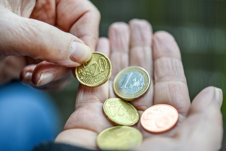 Shutterstock 1448011811 in Vorsicht vor der Rentenfalle!