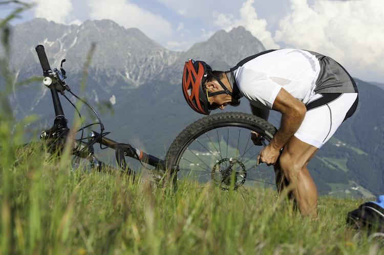 Shutterstock 240622312 in Online-Pannenhilfe für Radfahrer