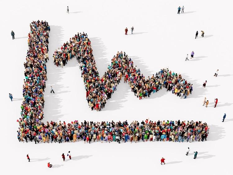 Shutterstock 716845738-Weniger in Weniger Menschen mit Mindestsicherung