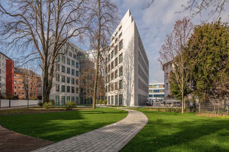 Bildschirmfoto-2019-11-05-um-14 40 32 in UBS erwirbt Bürohaus in Frankfurt für Individualfonds