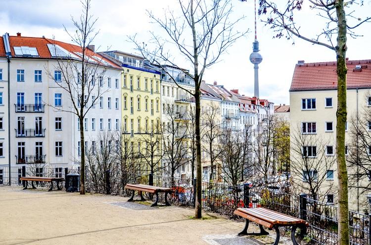 Shutterstock 1007207608 in CDU und FDP wollen gemeinsam gegen Berliner Mietendeckel klagen