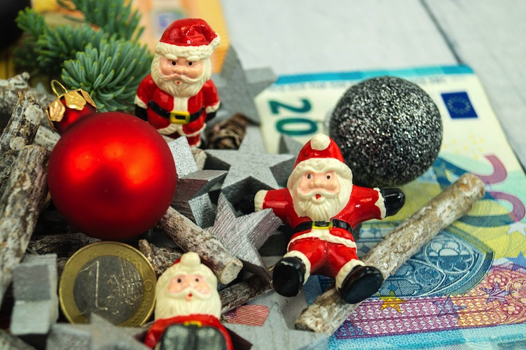 Shutterstock 1542591011 Weihnachtsgeld in Verbrauchertipps zum Weihnachtsgeld