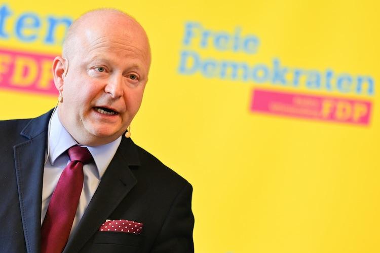 117962595 in FDP kritisiert Finanzhilfe des Bundes für Thomas-Cook-Kunden