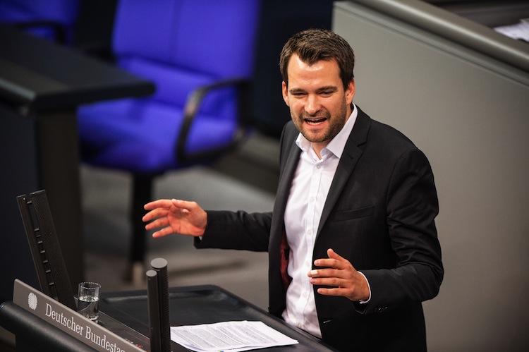 124845251 in FDP fordert Wahlfreiheit bei der Altersvorsorge von Selbstständigen