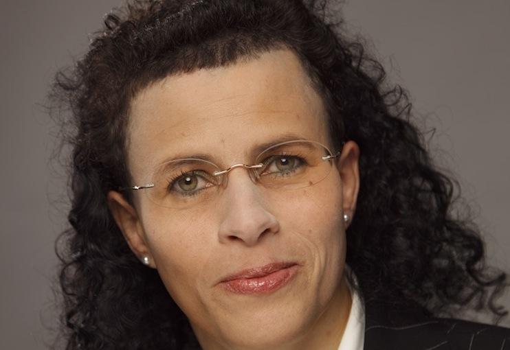 Dr -Nabila-Abaza-Uhrberg in DEVK erhält neuen Chief Compliance Officer