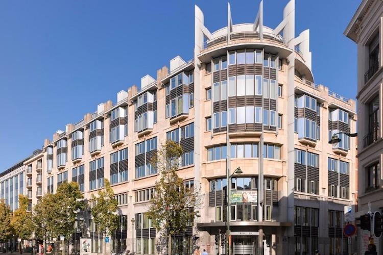 Tr Ne-Square Brussels-Kopie in AEW erwirbt Trône Square in Brüssel - Leerstand inklusive