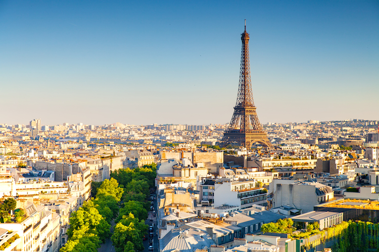 Shutterstock 457974478 in Deutsche Versorgungskasse lässt neunstellig in Frankreich investieren