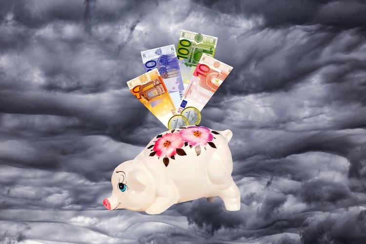 126810783 in Noch mehr Kreditinstitute führen Strafzinsen ein