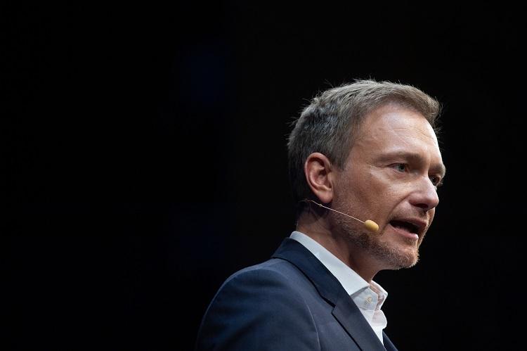 128212656 in Sonntagsfrage unter Vermittlern: FDP siegt, SPD ohne Chance