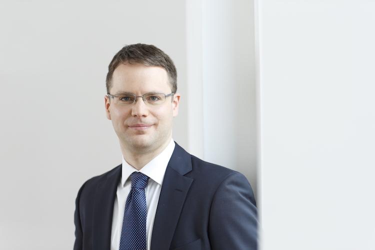 in Assetmanager profitieren vom Zinsumfeld, Zahlungsdienstleister vom digitalen Wandel