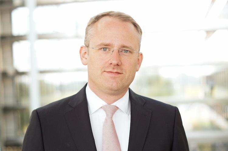 """Dr -Henning-Folkerts in HDI bringt neuen Kfz-Tarif: """"Ein Beitragssatz von 14 Prozent in der Vollkasko"""""""