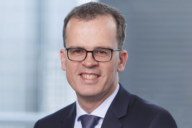 Engels Dr Frank Querformat-2 in Fonds von Union Investment steigt bei Corestate ein