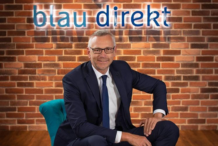 Lars Drckhammer in Blau Direkt und Insinno werden Partner