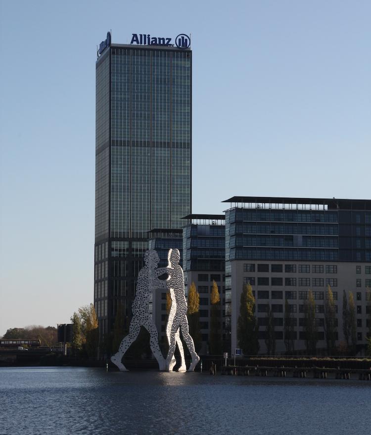 PATRIZIA Treptower-Berlin-hoch in Patrizia kauft Berlins höchsten Büroturm