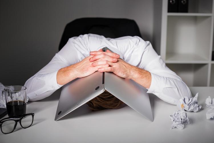 Shutterstock 400718536 in Welche Tätigkeiten Büroangestellte am meisten hassen