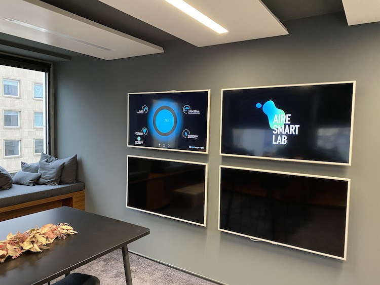 Art-Invest Real Estaart Lab Screens in Smart Buildings aus dem AIRE Smart Lab