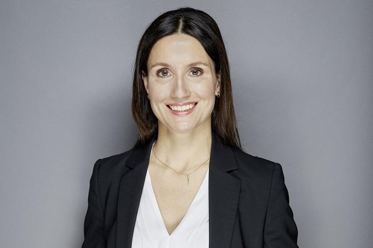 Julia Palte 0163-11-1 in Warum Versicherer kritisch auf AO-Vermittler blicken