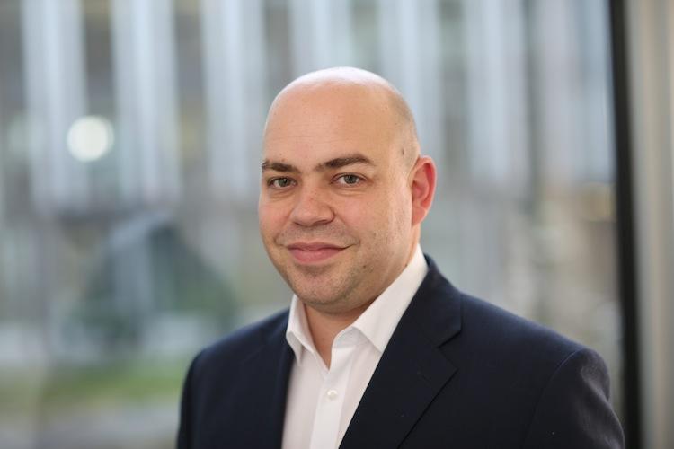 Tobias Wenhart Finanzchef24 in Doppelspitze bei Finanzchef24: Tobias Wenhart verstärkt Geschäftsführung