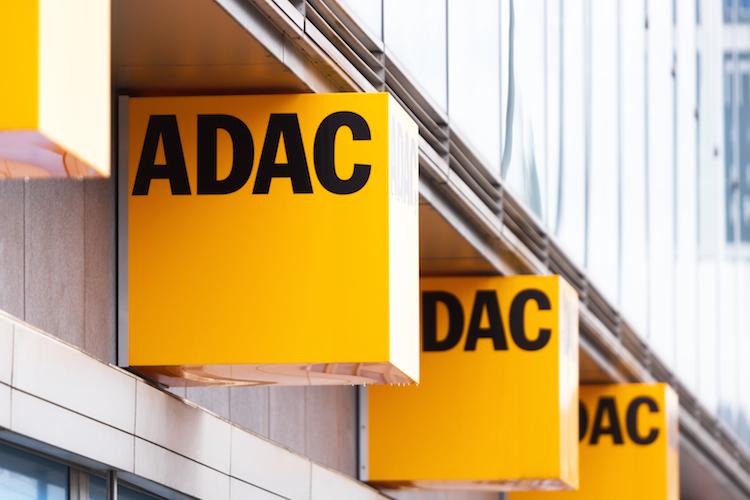 Shutterstock 1625055703 in ADAC Autokredit: Letzte Rate für Mitglieder entfällt