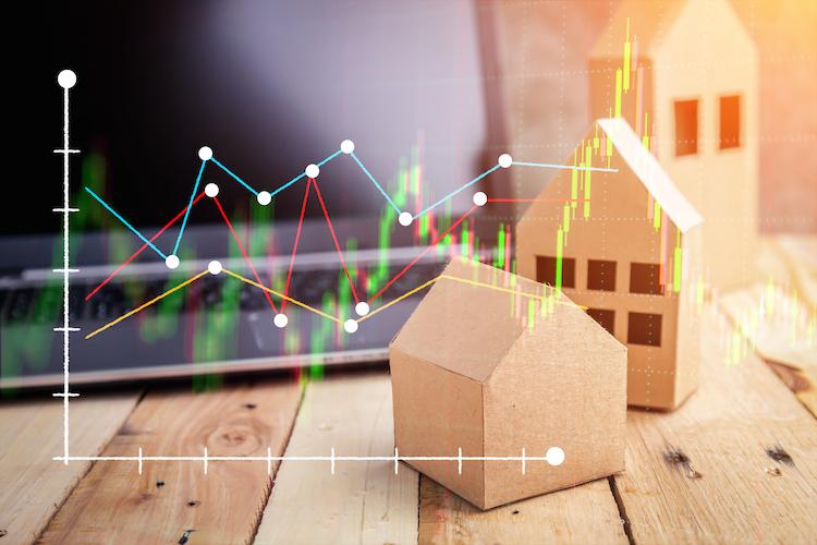 Shutterstock 538341163 in Aktien oder Immobilien – was ist die bessere Anlage?